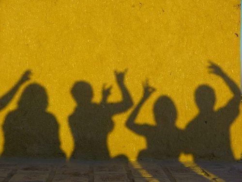 shadow-198682_640